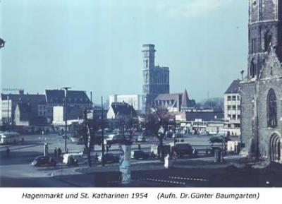 Hagenmarkt und St. Katharinen 1954
