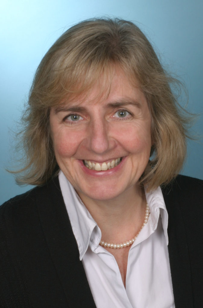 Martina Helmer-PhamXuan