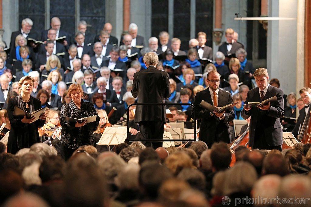 k-2016_11_05_Paulus-MendelssohnBartholdy_ClausEduardHecker_St-Katharinen-Kirche_BS (c)Martin Winrich Becker_IMG_0316